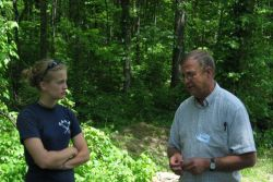 Lisa discussed management with U.S. Forest Service Manager Rex Mann in Daniel Boone National Forest, Kentucky.
