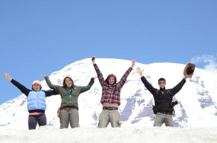 Albion College geology students on Mount Rainier, May 2011