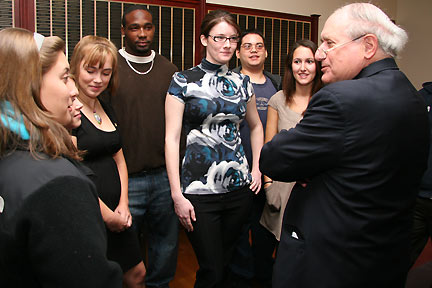 Michigan Senator Carl Levin visited Albion College in 2008.