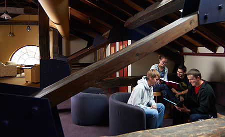 Students study in the Kellogg Center loft.